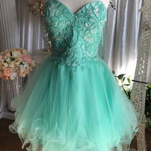 Short formal/prom dress